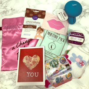 SOLD Clearance Gift set spa pamper pack! All NEW